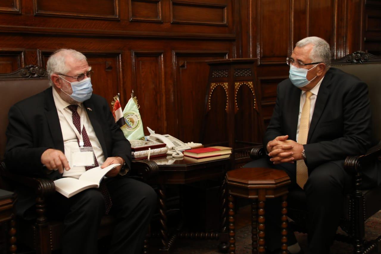 وزيرا الزراعة في مصر ونامبييا يبحثان تعزيز التعاون الزراعي بين البلدين