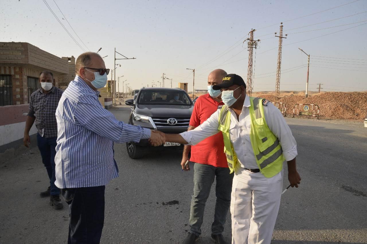 محافظ أسيوط يلتقي المدير الجديد لفرع شركة المقاولون العرب بالمحافظة