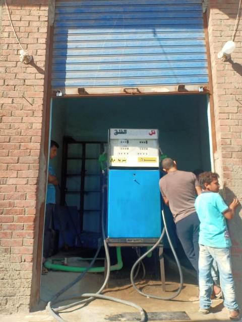 ضبط 900 لتر بنزين داخل محطات مواد بترولية بدون ترخيص خلال حملات تموينية بنطاق مركز أبو كبير