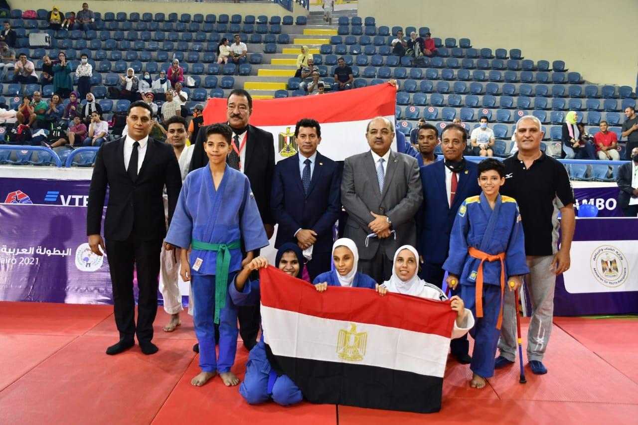 وزير الشباب والرياضة يفتتح البطولة العربية للجودو