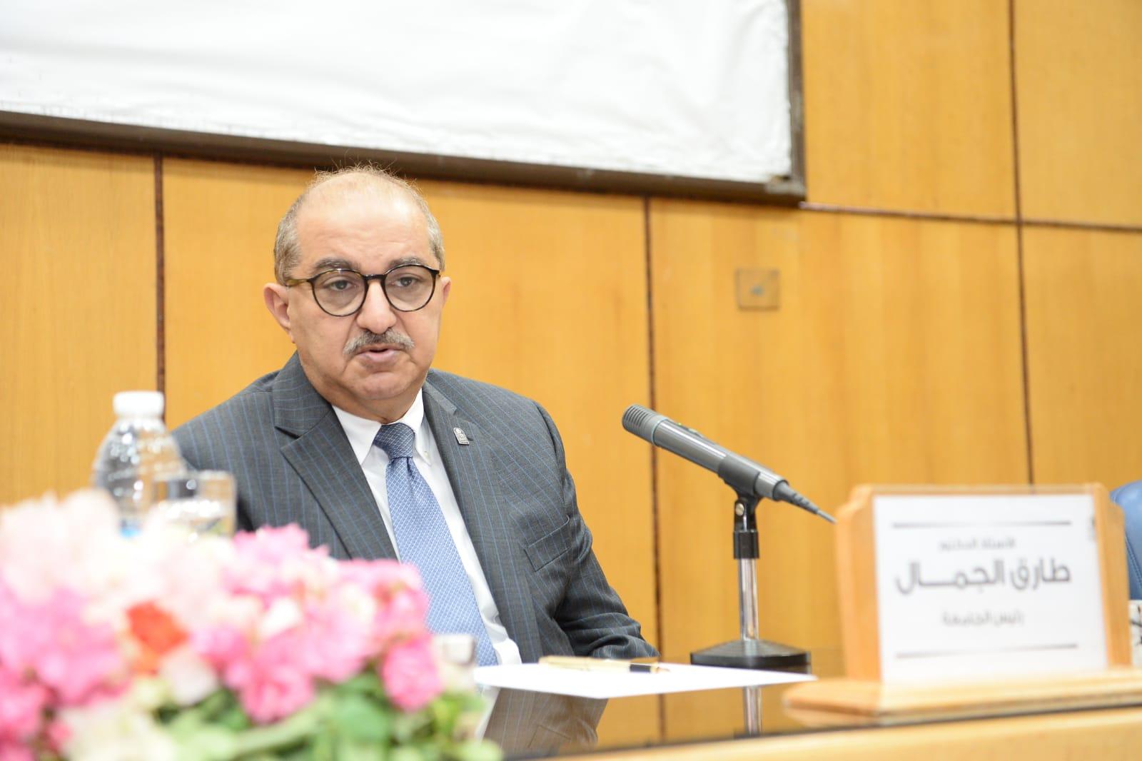 مجلس جامعة أسيوط  يوافق على تعيين 12 أستاذاً بعدد من كليات الجامعة