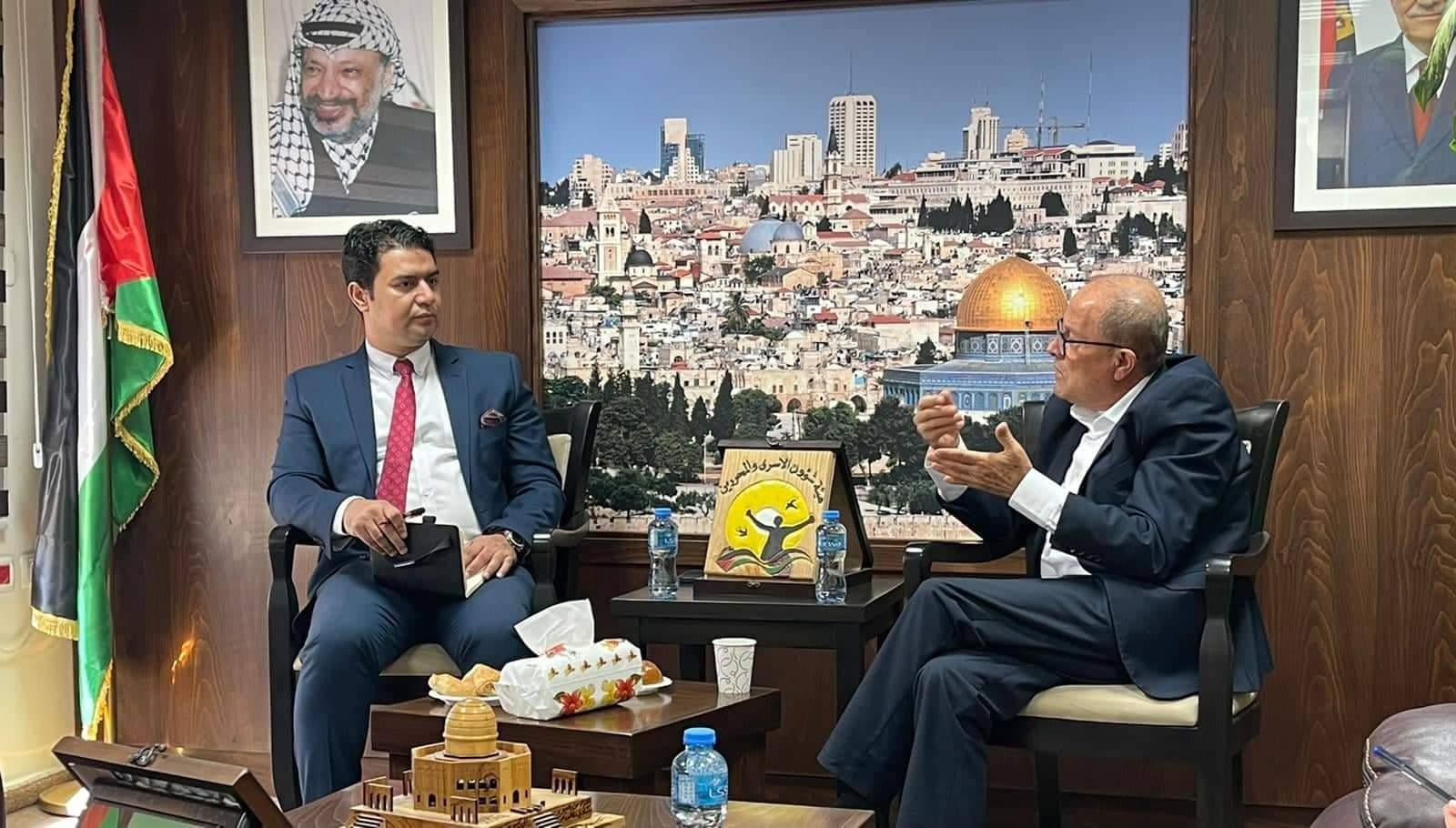 رئيس هيئة شؤون الأسرى الفلسطينى يستقبل القنصل العام لجمهورية مصر العربية