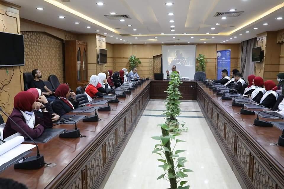 *تحت عنوان «نحو رؤية شبابية لمجابهة التطرف والإرهاب».. مرصد الأزهر يستقبل عددًا من طلاب جامعة حلوان