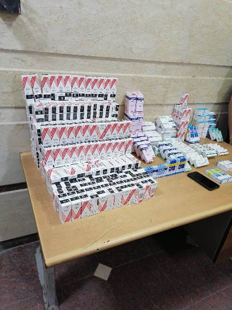 التفتيش الصيدلي بالشرقية يضبط عامل بإحدى الصيدليات العامة بكفر صقر يروج الأدوية المخدرة من منزلة عبر الإنترنت