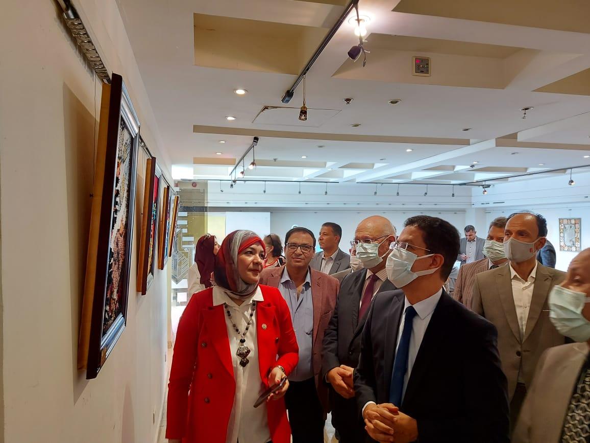افتتاح معرضين فنيين بنوعية بنها