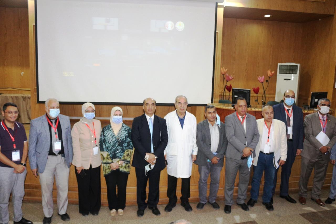 افتتاح المؤتمر الدولى السنوى الحادى عشر لوحدة أمراض الكلى والديلزة بكلية الطب جامعة المنصورة