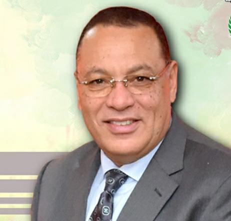 محافظ الشرقية يستقبل وزير التموين بمكتبه بالديوان العام