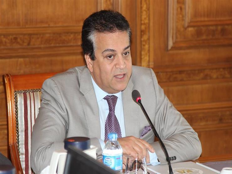 وزير التعليم العالي يستعرض تقريرًا حول استعدادات جامعة القاهرة الجديدة التكنولوجية لبدء العام الدراسي الجديد