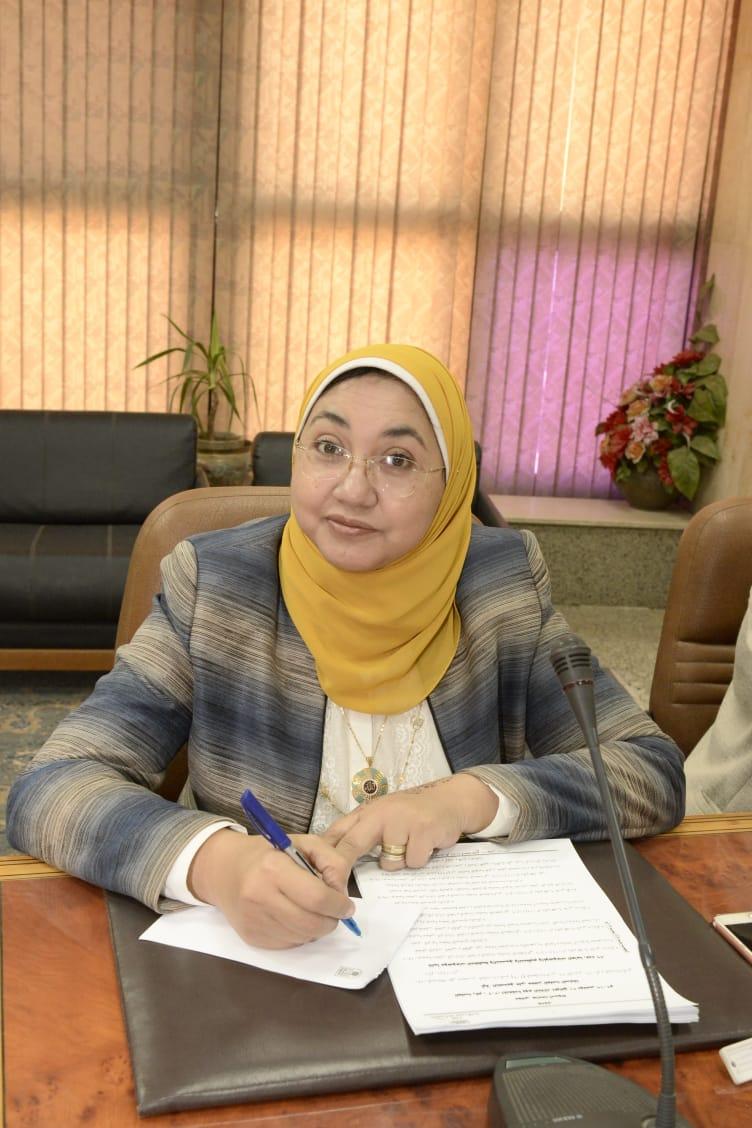 """رئيس جامعة أسيوط يكلف """" ريهام المليجى"""" بالقيام بعمل عميدة لكلية التربية للطفولة المبكرة خلفاً لـ""""ماجدة هاشم"""