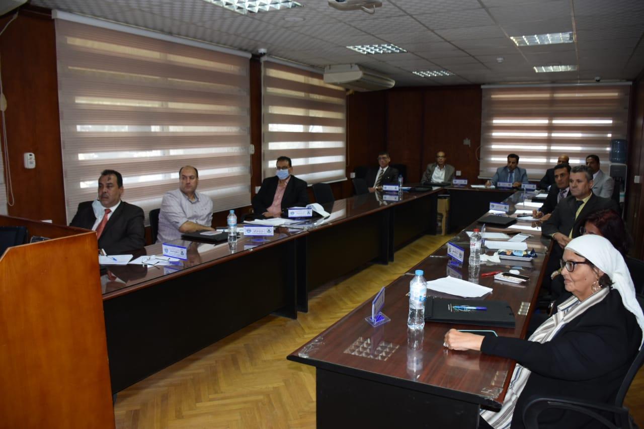 جامعة مدينة السادات تقيم دوره تدريبيه بعنوان( البرنامج التدريبى للترشح لوظيفة عميد كلية/ معهد)