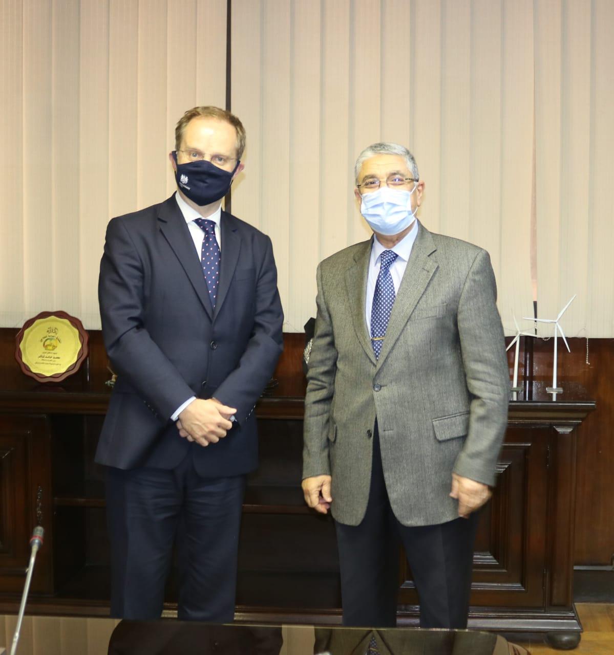 وزير الكهرباء يستقبل سفير بريطانيا الجديد بالقاهرة