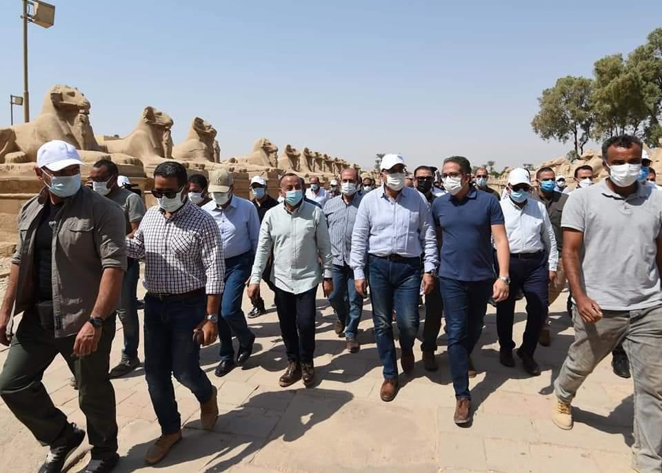 في زيارة موسعة بمحافظة الأقصر: رئيس الوزراء يتابع أعمال الترميم بمعبد الكرنك وطريق الكباش