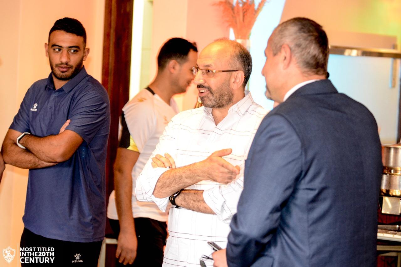 حسام المندوه يشيد باستقبال السفارة المصرية في كينيا ويطالب لاعبي الزمالك باحترام توسكر