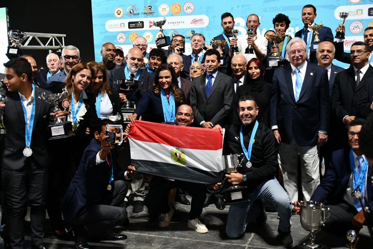 وزير الرياضة يشهد حصول مصر على اكبر عدد من الميداليات فى ختام بطولة العالم للرماية على الأطباق المروحية