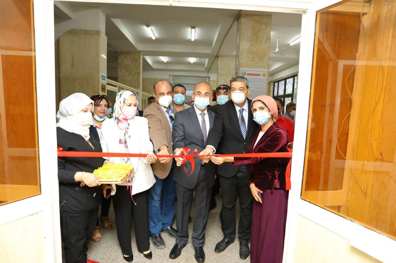 رئيس جامعة الزقازيق يفتتح وحدة الأشعة بالرنين المغناطيسى الجديدة بمستشفى الأطفال بمستشفيات جامعة الزقازيق