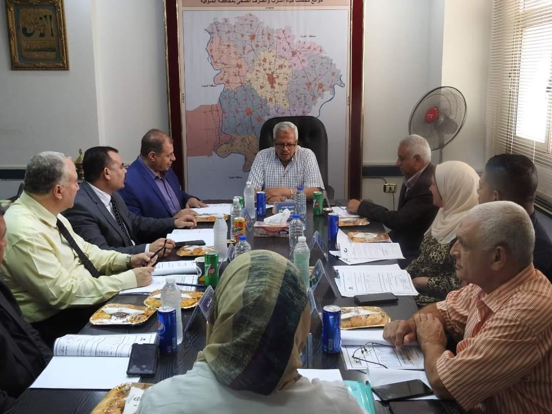 مدير تعليم المنوفية يشهد الاجتماع الدوري لمجلس إدارة مدرسة مياه الشرب والصرف الصحي بالمنوفية